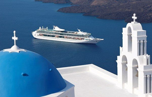 Splendor of the Seas in Santorini Splendor of the Seas -